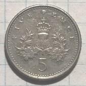 Монета Великобритании 5 пенсов 2001