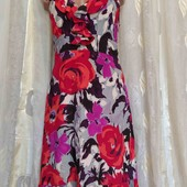 шёлковое платье с открытой спинкой