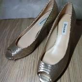 шикарные туфли для яркого образа. 23.7 см