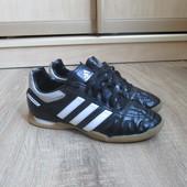 Детские кроссовки Adidas puntero кожаные,черные,футбольные,бампы,футзалки