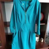 Женское нарядное платье состояние нового!! S