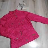 Ветровка пиджак на подкладке ,на рост 134см.