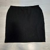 Фирменная красивая трикотажная юбка в точку р.16-20 в отличном состоянии
