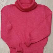 Малиновый свитер ручной работы.