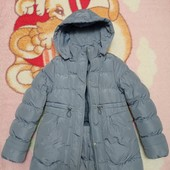 Зимняя, теплая куртка для девочки. Р. 134/140.