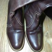 Фирменные, брендовые полностью кожаные сапоги. 24 см