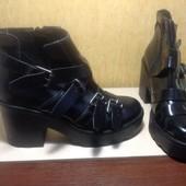 Потрясающие Лаковые ботинки TopShop. Стелька 25,5 см