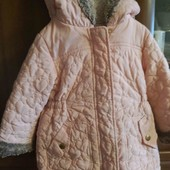Фирменная, теплая курточка,  одна на выбор.Одна на выбор.