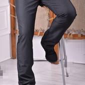 VigOoCc* стильные мужские джинсы**
