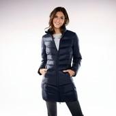 Супер легка, компактна куртка. Європейський розмір 36