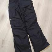 Лыжные штаны фирмы Decatlon на подтяжках ,размер М.