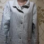 Красивая легенькая курточка. Пог-69Смотрите замеры.