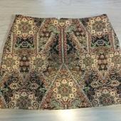 Фирменная красивая юбка из гобелена в отличном состоянии р.16