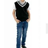 Классный трикотажный жилет для мальчика, размер L