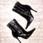 Чёрные лаковые ботинки ботильоны из натуральной кожи от River Island