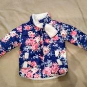Демисезонная курточка для маленькой принцессы б/у на рост 104-116.