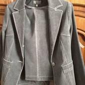 Брюки пиджак костюм комплект терміново продаю