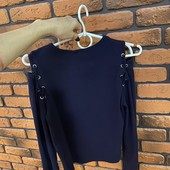 Модный свитер кофта лонгслив со шнуровкой