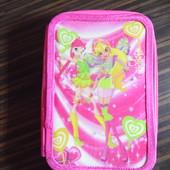 Школьный пенал для девочки. Розовый