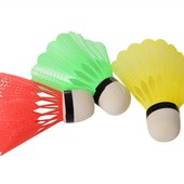 Одним лотом: Набор воланчиков - 3 шт + Теннисные шарики 3 шт.