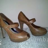 River Island стильные туфли натур кожа 38 р