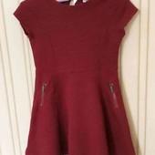 Стилтное платье для девочки на 7-8 лет