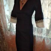 шикарное елегантное платья с кружевом на рукава смотрите замери!!!