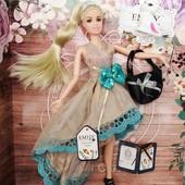 очень красивые куклы Эмили типа Барби с аксессуарами и питомцами. Одна на выбор