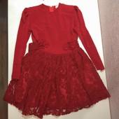 Шикарное платье 5-6 лет