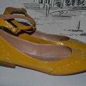 Класні туфельки від Некст 38 розмір