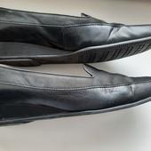 Gabor. Кожаные туфли на невысокой танкетке,27 см