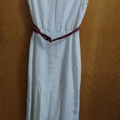 Оригинальное нарядное платье с открытой спиной.