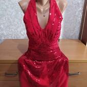 Яркое платье в паетки,размер S-M.В новом состоянии.