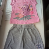 Красивый наборчик,шорты+футболка,состояние хорошее,р.110-116 на 5-6 лет смотрите замеры
