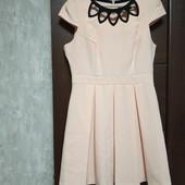 Фирменное новое красивое платье из структурного материала р.14-16