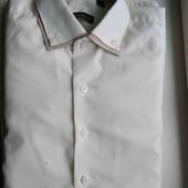 Молочный цвет. Рубашка для мальчика. Отличное состояние и качество.