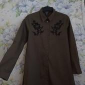 Хлопковая удлинённая рубашка с вышивкой , цвет хаки ! УП скидка 10%