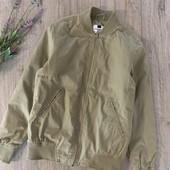 Мужская демисезонная куртка. Размер xs(ориентироваться на замеры). В хорошем состоянии.