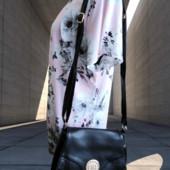 Женская новая сумка через плечо.
