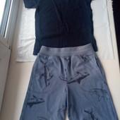 Красивый наборчик,шорты+футболка,состояние хорошее,р.98-104 на 3-4 года смотрите замеры