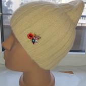 Симпатичная ангоровая шапка на флисе