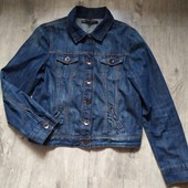 Джинсовая куртка oasis р.16 в хорошем состоянии