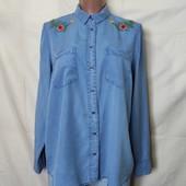 Мягенькая джинсовая рубашка с вышивкой, грудь-112