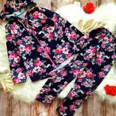 Яркий, теплый флисовый костюм в цветы на 4-5 лет