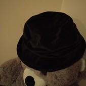 Бархатна шляпа в стані нової речі, на обхват голови 54-55 см