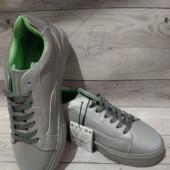 ♥吉- Bershka рефлективные (светоотражающие ) кроссовки- !♥