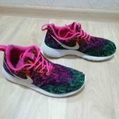 Фирменные кроссовки /Nike /37.5размер!!!