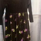 Бархатное платье на 5 лет ,на рост 110