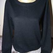 Шерстяной классический строгий свитер. С, М джинсы Zara в подарок