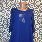 Трикотажная туничка Paola синего цвета для пышненьких девушек . В идеальнейшем состоянии .